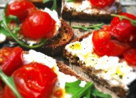 Tomaten bruschetta maken met ricotta & rucola made by ellen
