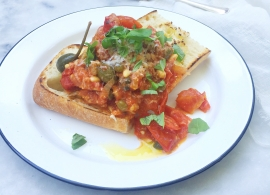 Tomatenprutje op brood made by ellen
