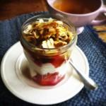 Gezond ontbijt met bloedsinaasappel