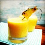 Verfrissende ananas-kokos shake met gember