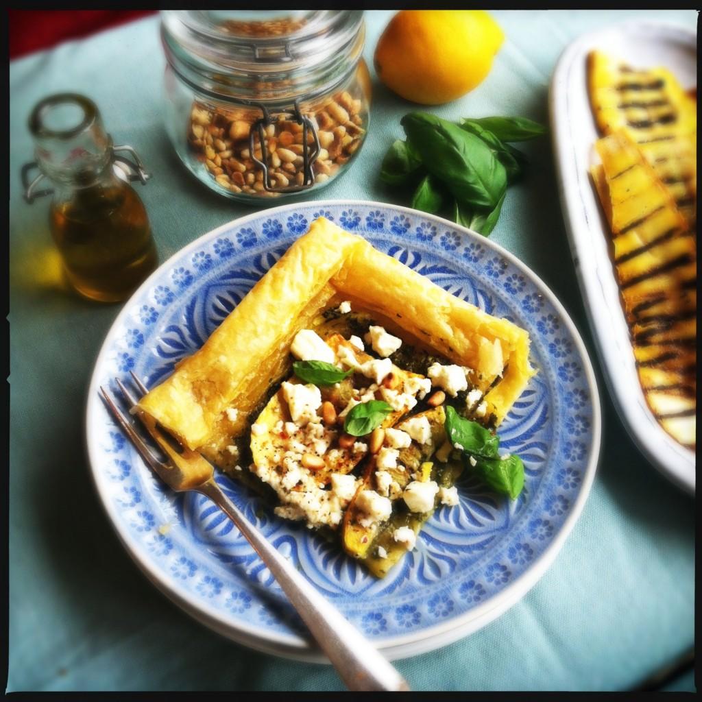 Hartige taart met courgette, basilicum, feta & pijnboompitjes Made by Ellen