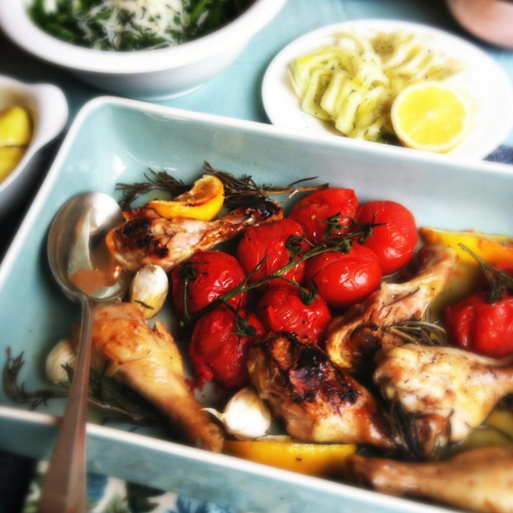 Made by Ellen kipdrumsticks met tomaatjes, knoflook & citroen uit de oven