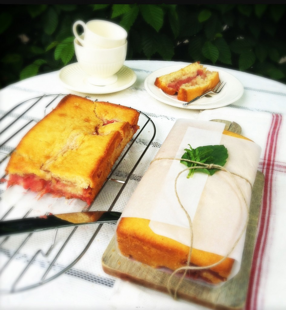 Rabarber-aardbeien cake met gember Made by Ellen