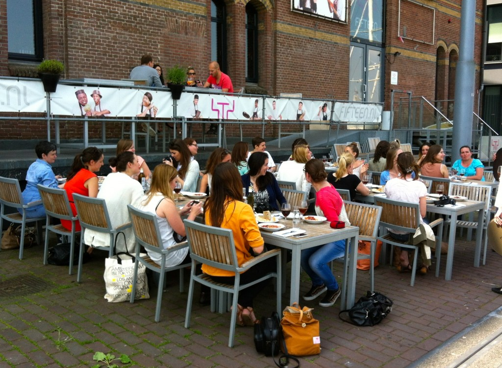 Alle bloggers op terras Fifteen Made by Ellen