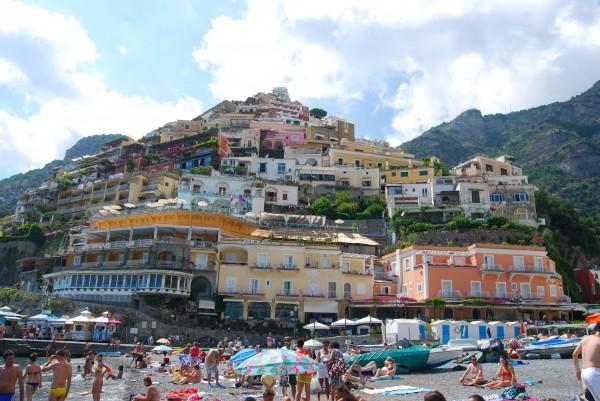Strand Positano met z'n prachtige huizen Made by Ellen