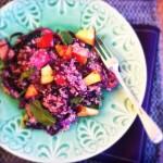 Makkelijke quinoa salade met rode kool & appeltjes