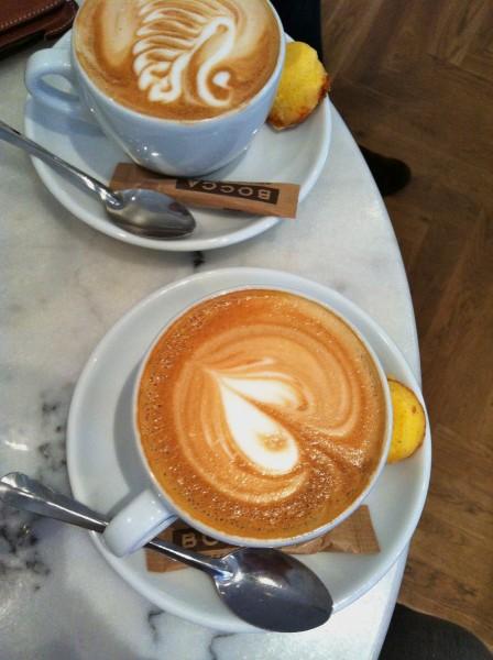 Flat-white cappuccino mogador botermarkt haarlem
