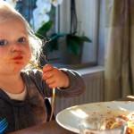 10 gouden tips om kinderen aan het eten te krijgen