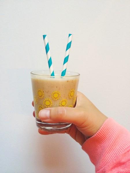 vijgen & banaan milkshake met amandelen made by ellen