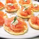 Blini met zalm, zure room, dille & citroen made by ellen