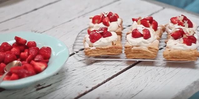 Aardbeientaartjes - video made by ellen recept