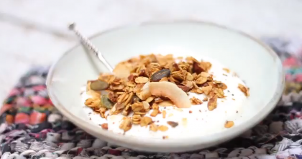 Granola met pumpkin spice - video recept made by ellen