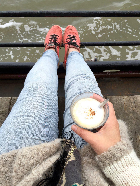 koffie drinken Zeilen met de boot naar Schiermonnikoog & droogleggen made by ellen