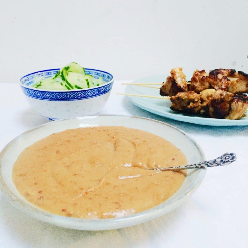Satesaus maken met pindakaas en melk, zonder suiker made by ellen