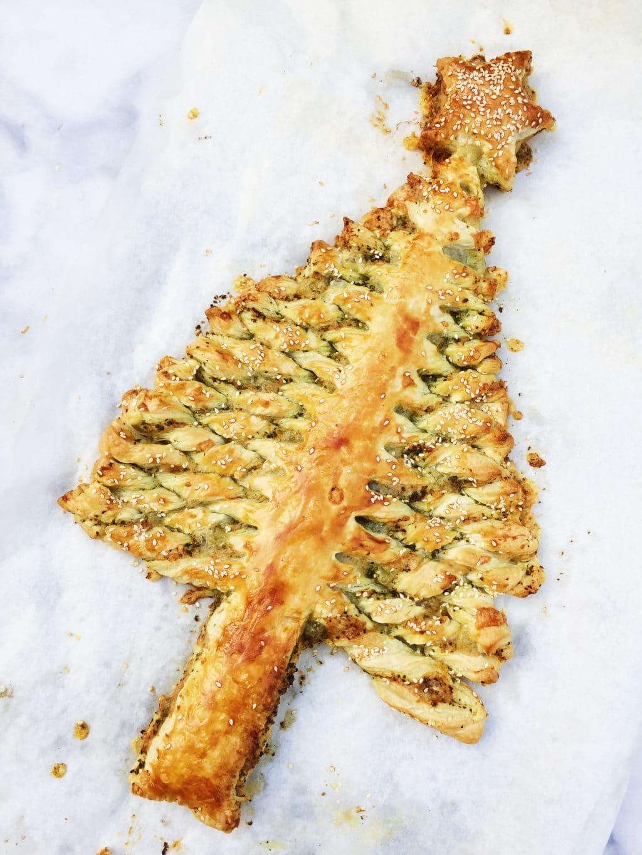 Kerstboom bladerdeeg pesto maken met smeuïge kaas made by ellen