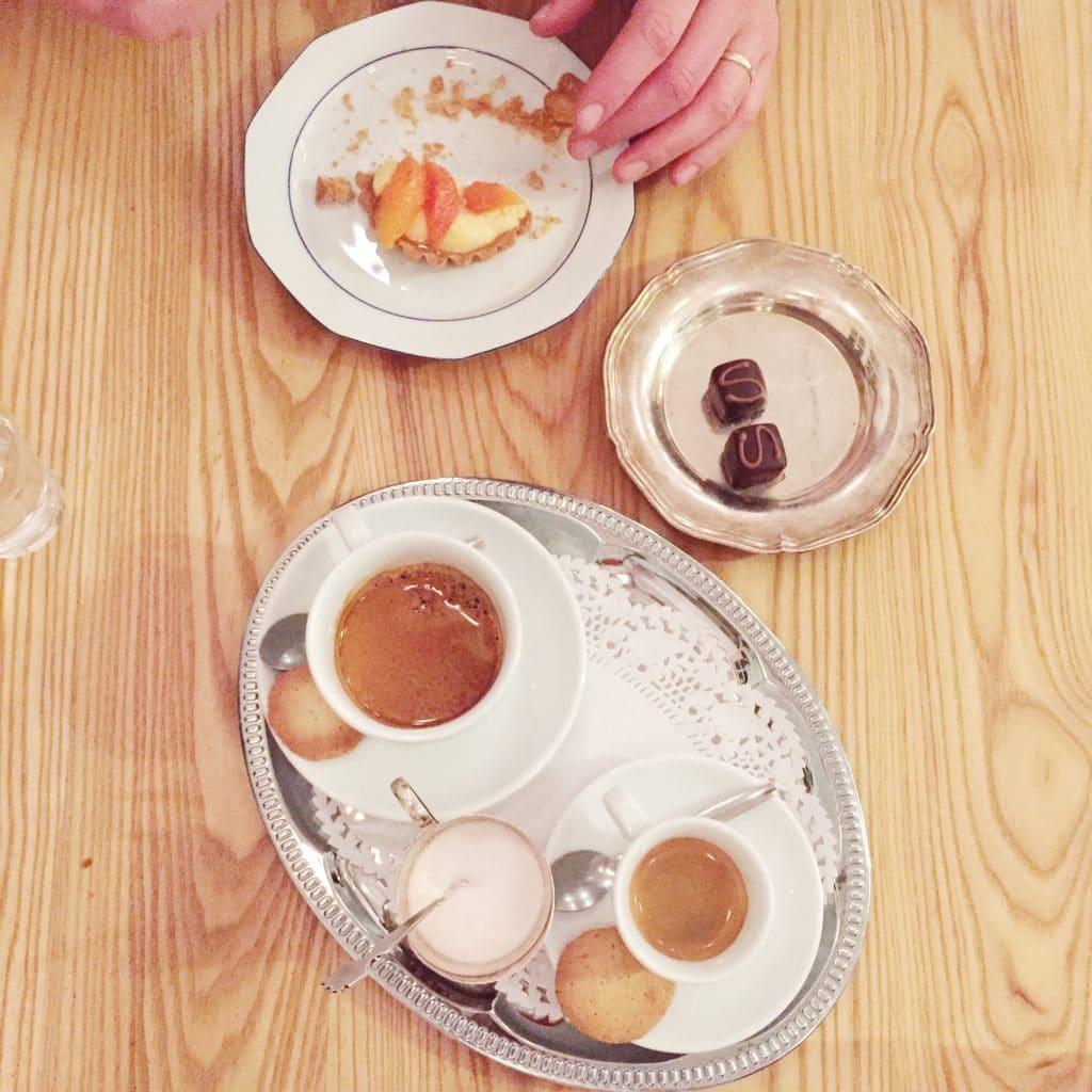 restaurant, scheepskameel, amsterdam, uiteten, menukaart, madebyellen, rijsel, made by ellen, eten, wijn, drinken, reserveren