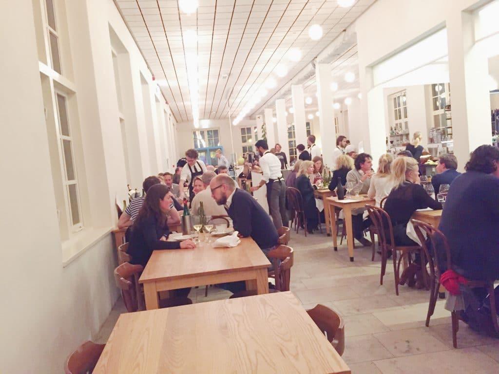 """Scheepskameel Amsterdam""""van dit restaurant word je blij!"""" made by ellen"""
