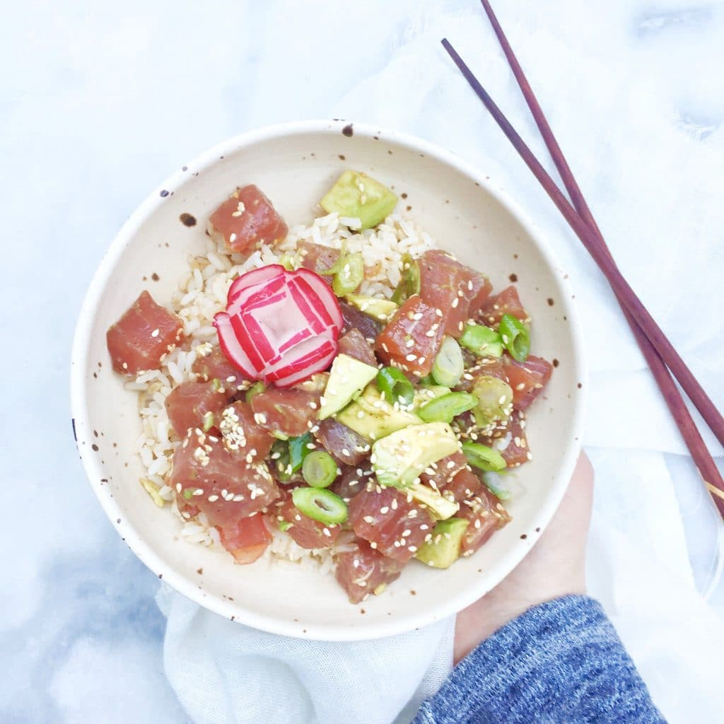 Poke bowl recept met tonijn, avocado & sesam, made by ellen