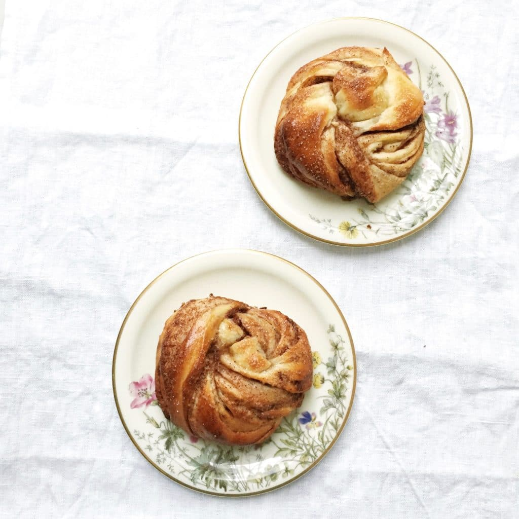 Kanelbullar - Zweeds cinnamon buns recept - made by ellen
