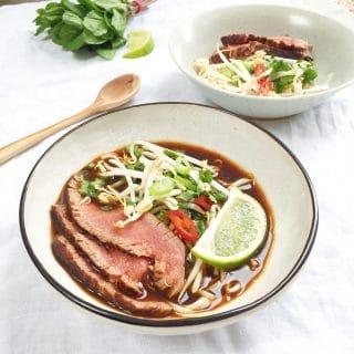 Pho recept: Pho bo soep met biefstuk & de lekkerste bouillon - made by ellen