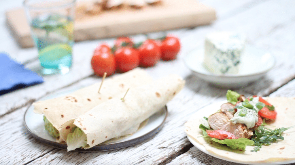 Wrap met gekruide kip & blauwe kaas mayonaise (incl. video), made by ellen