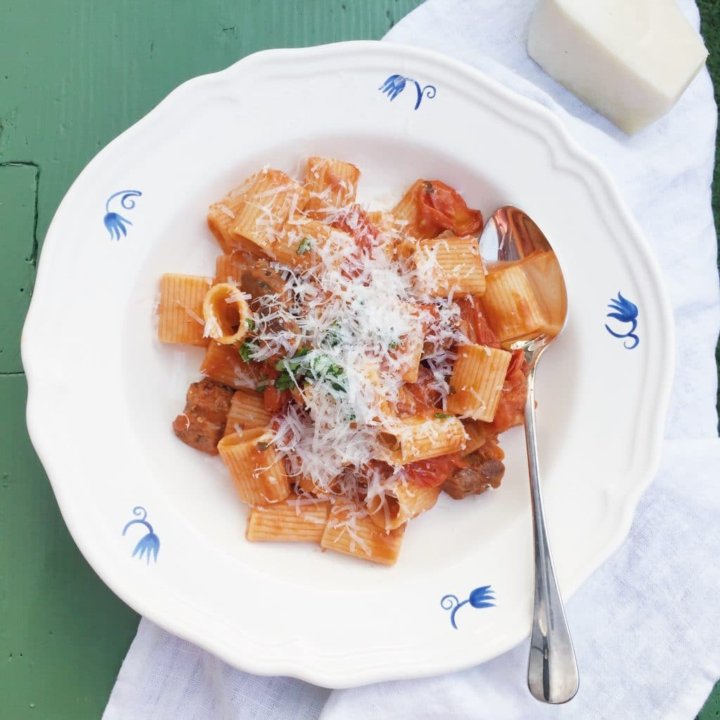 Recept Pasta met pittige merguez worstjes & tomaat