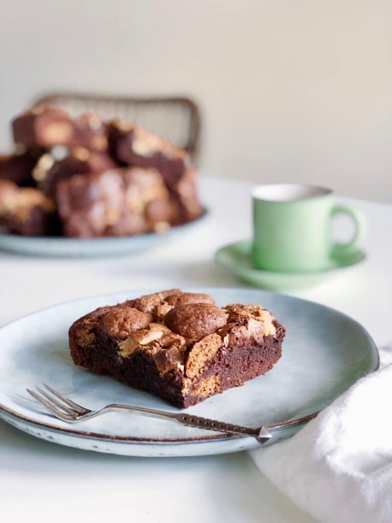 Pepernoten brownie taart met witte chocolade, made by ellen