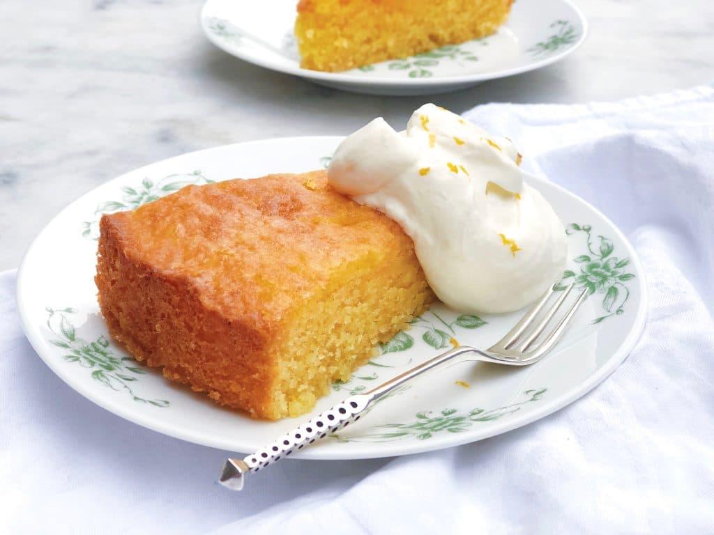 Sinaasappelcake met polenta en amandelmeel