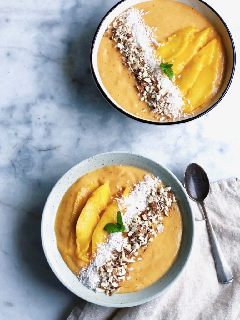 Mango smoothie bowl Made by ellen