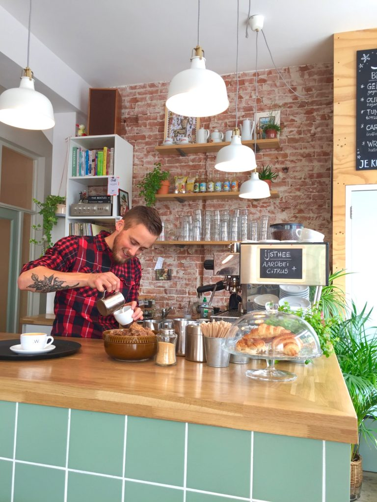 Cleeff Haarlem hotspot: menu voor koffie, ontbijt, lunch én borrel