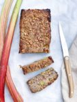Rabarberbrood zonder suiker (met speltmeel)