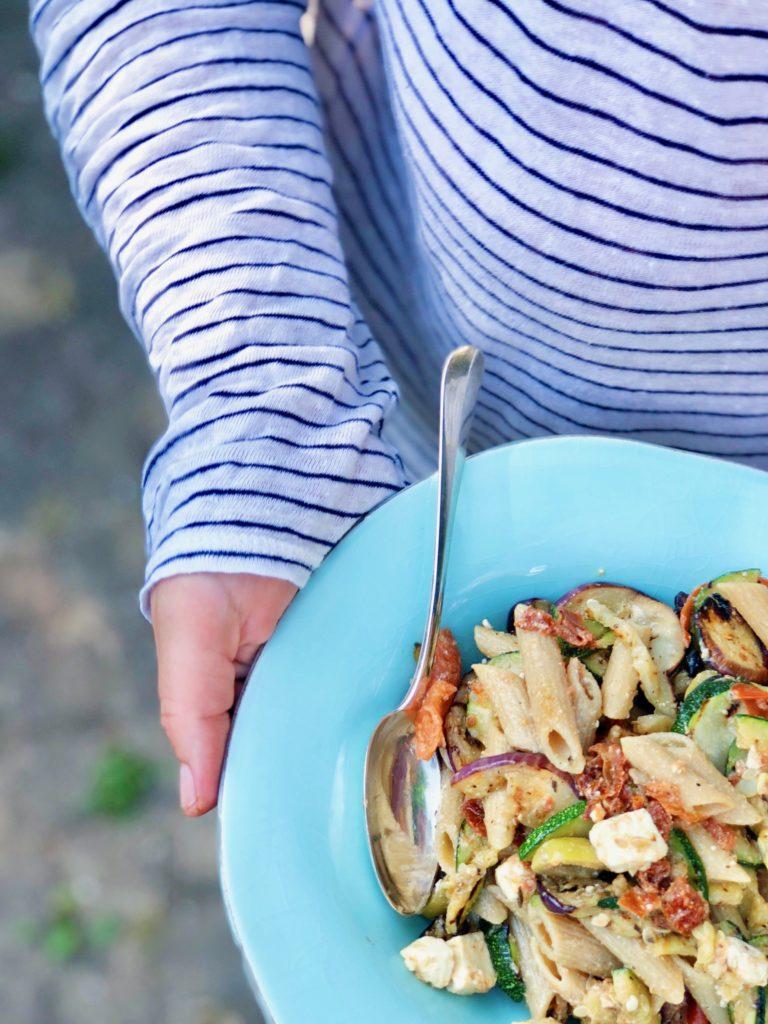 Griekse pastasalade met geroosterde groenten en feta, made by ellen