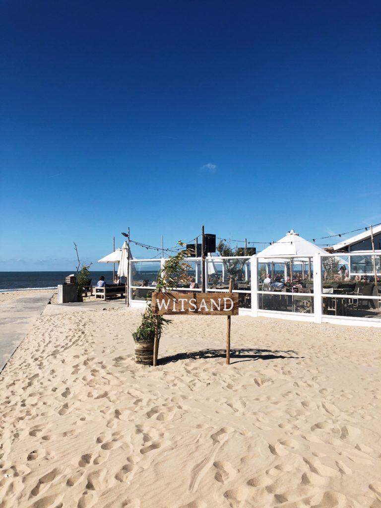 Witsand strandclub - strand hotspot in Noordwijk, made by ellen