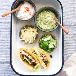 Vegetarische taco's met shiitakes, bloemkool en zwarte bonen, made by ellen
