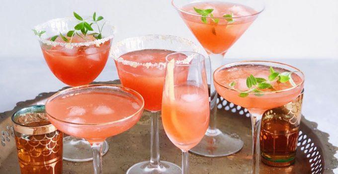 Christmas cocktail met prosecco, grapefruit, aperol