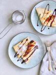 Flensjes met gebakken banaan en warme chocolade, made by ellen