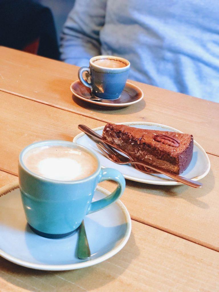 pecantaart en koffie nissa hillegom, made by ellen