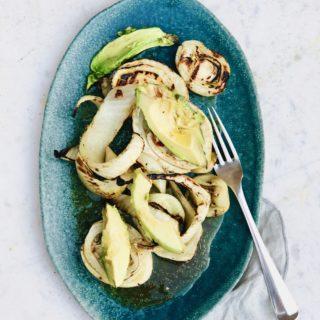 BBQ salade met gegrilde venkel en avocado