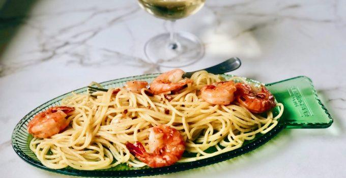 Pasta aioli met garnalen (en waarom het hier zo stil was)